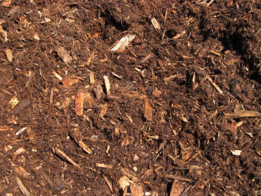 Red Cedar Mulch ~ Premium dark cedar mulch timber ridge wood